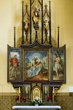 IBLRAI04362476 Side altar with the image of the former high altar by Bartolomeo Litterini, right aisle of the neo-Gothic parish church of the Assumption, built by Matthias Berger, Partenkirchen, Garmisch-Partenkirch...