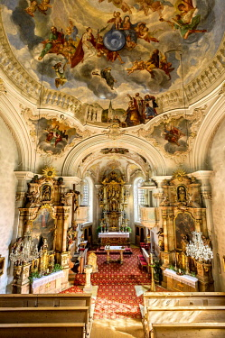IBLRAI04386941 Parish Church of St. Margareth, baroque interior and rococo ceiling, Bayrischzell, Upper Bavaria, Bavaria, Germany, Europe