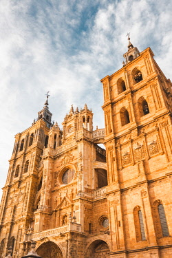 SPA8462AWRF Spain, Castile and Leon, Astorga. The gothic Cathedral of Astorga.