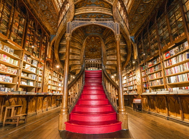POR9876AW Portugal, Norte region, Porto (Oporto). Lello Bookstore (Livraria Lello) and its famous forked staircase.