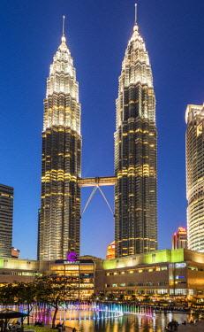 MAY0219AW Petronas Twin Towers, Kuala Lumpur, Malaysia
