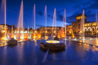 AM01266 Armenia, Yerevan, Republic Square, dancing fountains