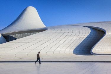 AZ01184 Azerbaijan, Baku, Heydar Aliyev Cultural Center, building designed by Zaha Hadid