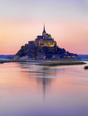 FRA10503AWRF France, Normandy, Le Mont Saint Michel reflected in river at night