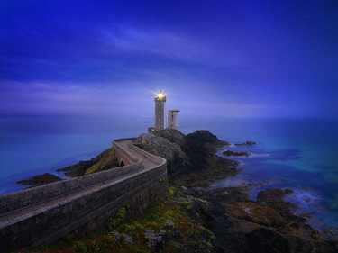 FRA10644AW France, Brittany, Finistere, Iroise Sea, Plouzane, Petit Minou Lighthouse at dusk