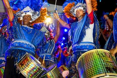 AF39MDE0024 Brazilian samba band in the International Carnival Seychelles, in Victoria, Mahe, Republic of Seychelles, Indian Ocean.