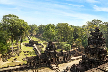 AS40MGL0063 Siem Reap, Cambodia. Ancient ruins and tower of the Baphuon Temple in Angkor Thom from above