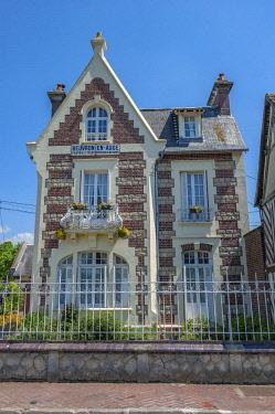 EU09LEN0764 Post Office, Beuvron en Auge, Normandy, France