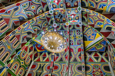 NGR1038 Nigeria, Kano State, Kano. A very colourful traditional Hausa ceiling at a reception room in the home of a dignitary related to the Emir of Kano.