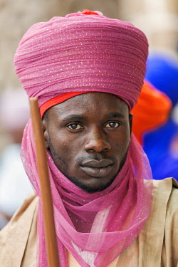 NGR1058 Nigeria, Kano State, Kano. A Hausa man dressed in a fine pink turban.