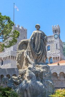 EU19JEN0014 Sculpture at Prince's Palace, Monaco, Cote d'Azur