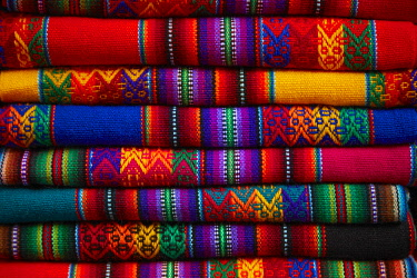 SA17DWA0066 Colorful cloth, Cusco, Peru