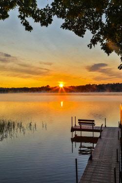 US24HLL0053 USA, Minnesota, Aitkin. Sunrise at Hanging Kettle Lake