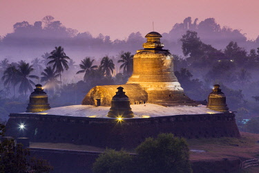 Myanmar, Mrauk U. The fortress temple of Dukkanthein at dusk, also known as Htukkanthein.