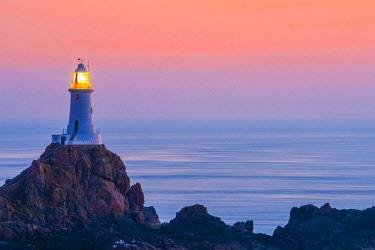 UK686RF United Kingdom, Channel Islands, Jersey, Corbiere Lighthouse