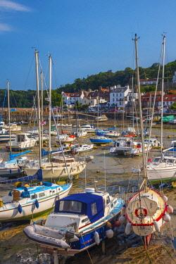 UK697RF UK, Channel Islands, Jersey, St Aubin, St Aubin Harbour