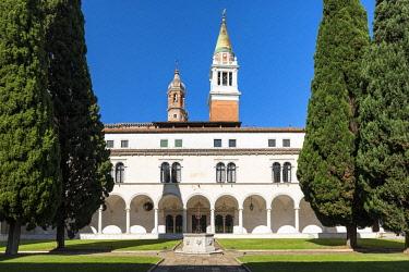 CLKNM92910 San Giorgio Maggiore cloister, Giorgio Cini Foundation. Venice, Veneto, Italy, Europe.