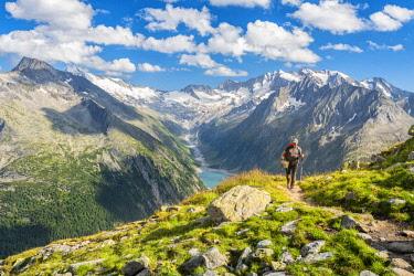 CLKSS93388 Trekking in Austria im Zillertal Europe, Austria, Zillertal, Schlegeisspeicher (MR)