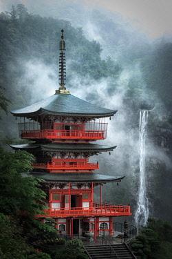 CLKMG92638 Nachi no taki waterfalls, Nachi falls, Wakayama prefecture, Hoshu, Japan