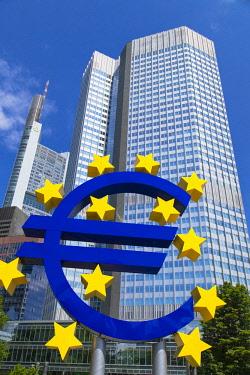 GER11052AW Euro sign in Willy Brandt Platz, Frankfurt, Hesse, Germany
