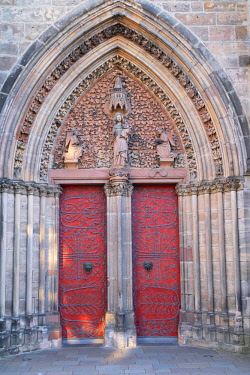 GER11188AW Door of St Elizabeth's Church (Elisabethkirche), Marburg, Hesse, Germany