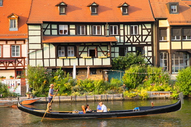 GER11279AW Gondola on River Regnitz in Klein Venedig (Little Venice), Bamberg (UNESCO World Heritage Site), Bavaria, Germany