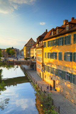 GER11282AW Buildings along River Regnitz, Bamberg (UNESCO World Heritage Site), Bavaria, Germany