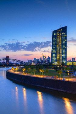 GER11325AW European Central Bank at sunset, Frankfurt, Hesse, Germany