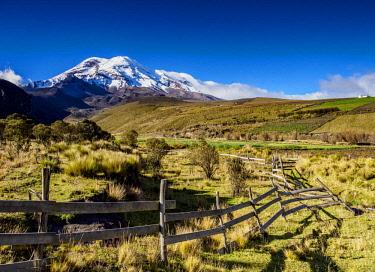 ECU1399AW Chimborazo Volcano, Chimborazo Province, Ecuador