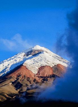 ECU1417AW Cotopaxi Volcano, Cotopaxi National Park, Cotopaxi Province, Ecuador