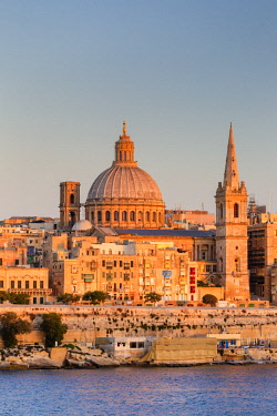 MT012RF Malta, Malta, Valletta, View over Old Town with St John's Co-Cathedral