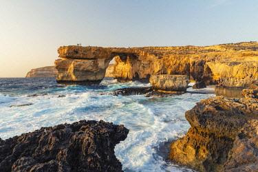 MT018RF Malta, Gozo, Dwejra Azure Window Rock Arch
