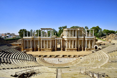 SPA8505AW The Roman Theatre of Merida, a construction promoted by the consul Marcus Vipsanius Agrippa, dating back to the year 15 BC. A Unesco World Heritage Site. Merida, Spain (MR)