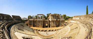 SPA8507AW The Roman Theatre of Merida, a construction promoted by the consul Marcus Vipsanius Agrippa, dating back to the year 15 BC. A Unesco World Heritage Site. Merida, Spain (MR)