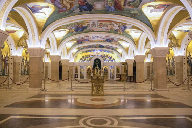 SB01096 Serbia, Belgrade, The Crypt of St Sava Temple - The largest orthodox cathedral in the world
