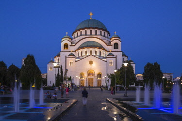 SB01121 Serbia, Belgrade, St Sava Temple - The largest orthodox cathedral in the world