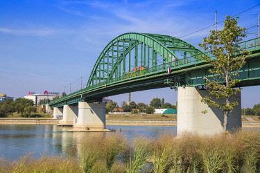 SB01136 Serbia, Belgrade, Stari Savski Most - Old Sava Bridge over Sava river