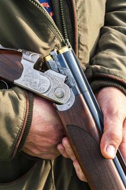 ENG15922 England, North Yorkshire, Wensleydale, Swinithwaite, Pheasant shoot, Gun detail