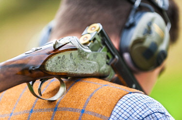 ENG15929 England, North Yorkshire, Wensleydale, Swinithwaite, Pheasant shoot, Gun detail
