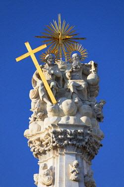 HUN1702AWRF Holy Trinity Statue in Old Buda, Budapest, Hungary