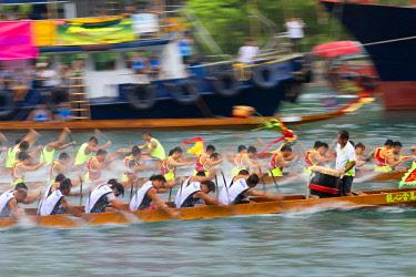 CH11699AW Dragon boat races, Aberdeen, Hong Kong Island, Hong Kong