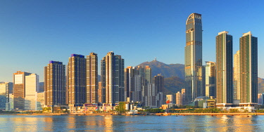CH11727AW Skyline of Tsuen Wan with Nina Tower, Tsuen Wan, Hong Kong, China