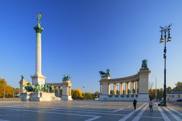 HUN1629AW Heroes' Square, Budapest, Hungary
