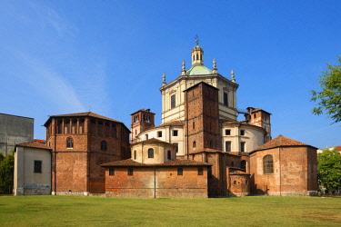 ITA13337AW Basilica San Lorenzo, Milan, Lombardy, Italy