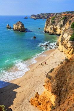 POR10036AWRF Dona Ana beach and coastline, Lagos, Algarve, Portugal,