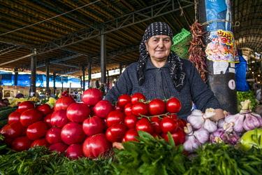 GG01359 Georgia, Kakheti Area, Telavi, Bazari, town market, produce vendor