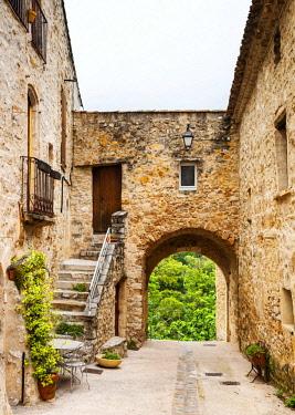 FRA10786 France, Occitanie, Saint Guilhem le Desert.