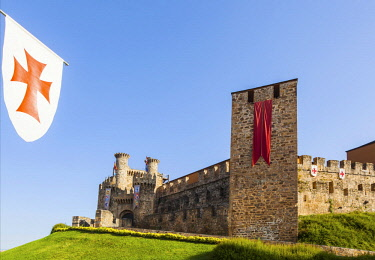 SPA8613 Spain, Castila y Leon, Ponferrada. The 12th Century Templar Castle.