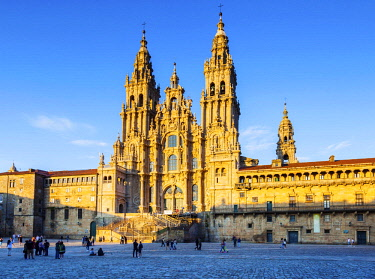 SPA8627 Spain, Galicia, Santiago de Compostela. The majestic Cathedral of Santiago de Compostela the destination of Pilgrims walking all routes along the Camino di Santiago.