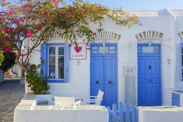 GRE1698AW Chora, Folegandros, Cyclades, Greece